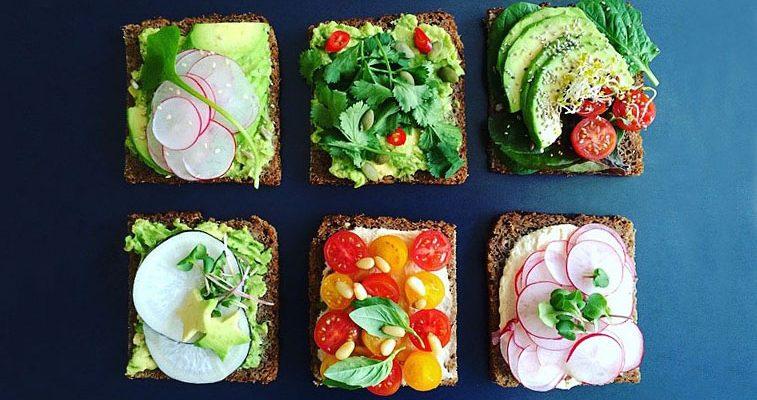 Simple + Healthy Breakfast Tartines I recipe