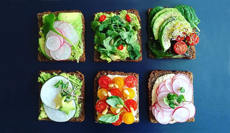 Simple + Healthy Breakfast Tartines I recipe