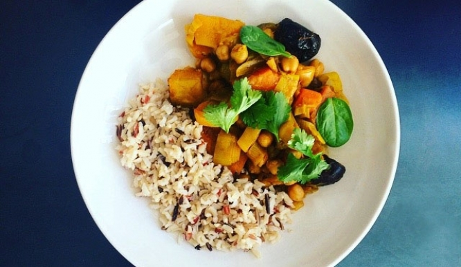 Simple + Healthy Moroccan Vegetable Tagine recipe