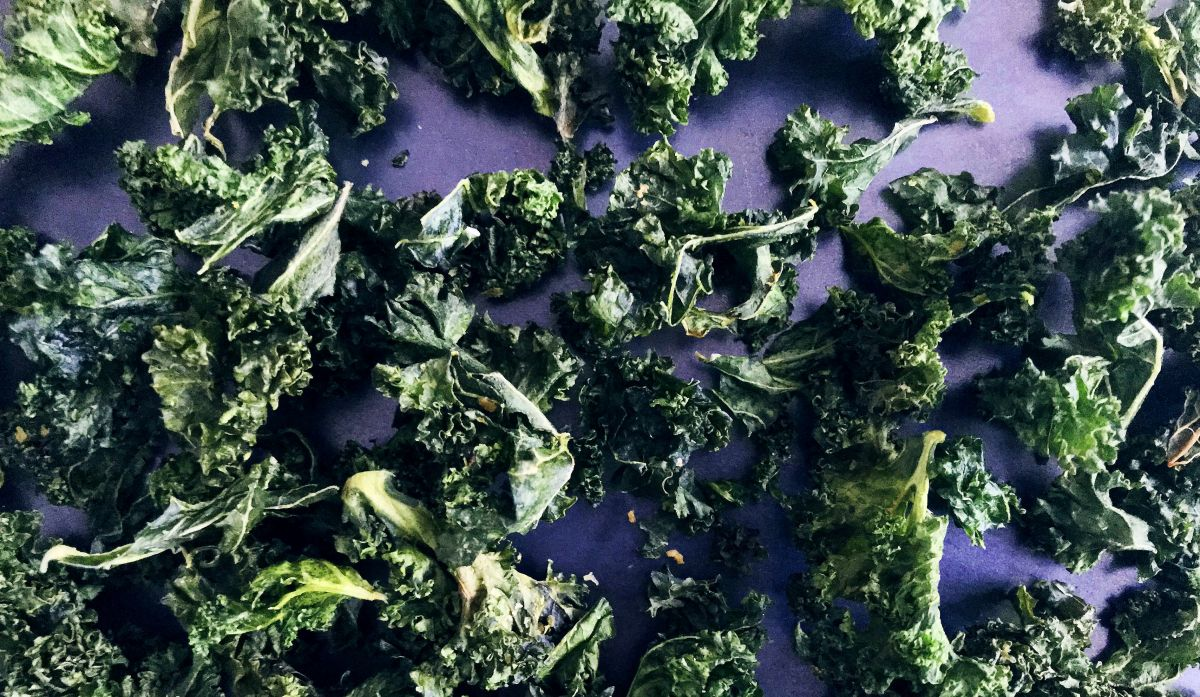 Simple + Healthy Kale Crisps recipe
